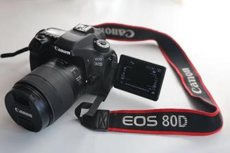 Продам Canon EOS 80D с объективом Canon EFs 18-135mm 3.5-5.6 IS Nano USM