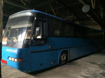 Neoplan 1995 года