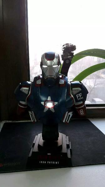 Hot Toys Iron Man 3 Iron Patriot