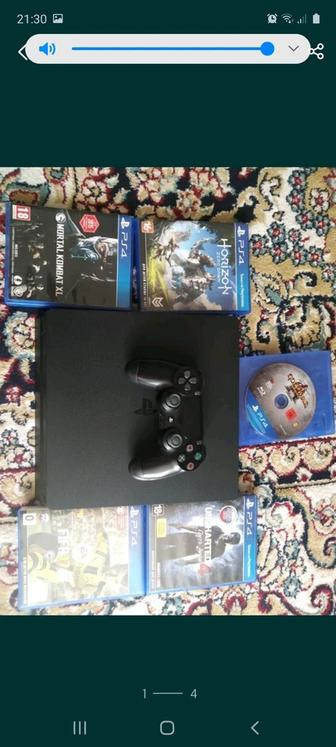 Продаю ps 4 slim 500gb.