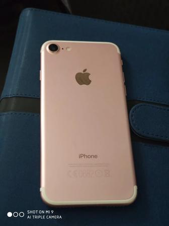 IPhone 7 32gb Rose Gold. Фото 2